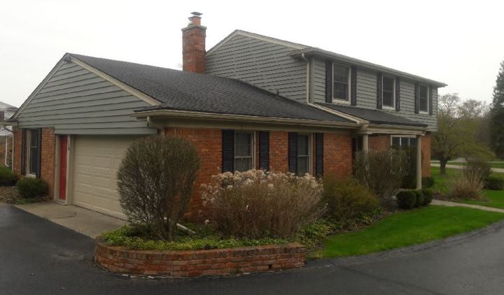 Rochester Hills colonial siding remodel