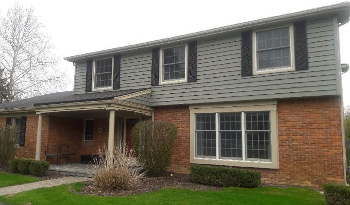 Rochester Hills MI colonial siding remodel
