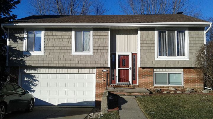 Troy MI split level siding remodel